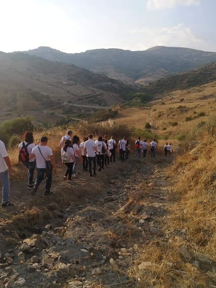 Pellegrini lungo il cammino di Capizzi